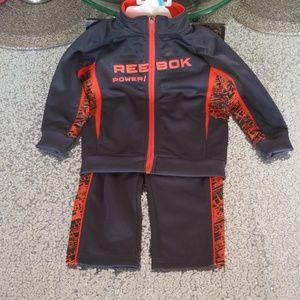 👍👍❤❤ Reebok 2 piece jogging suit 3-6 months NWT
